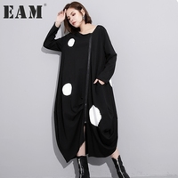 EAM 2017 New Autumn Round Neck Long Sleeve Solid Color Black Printed Loose Big Size