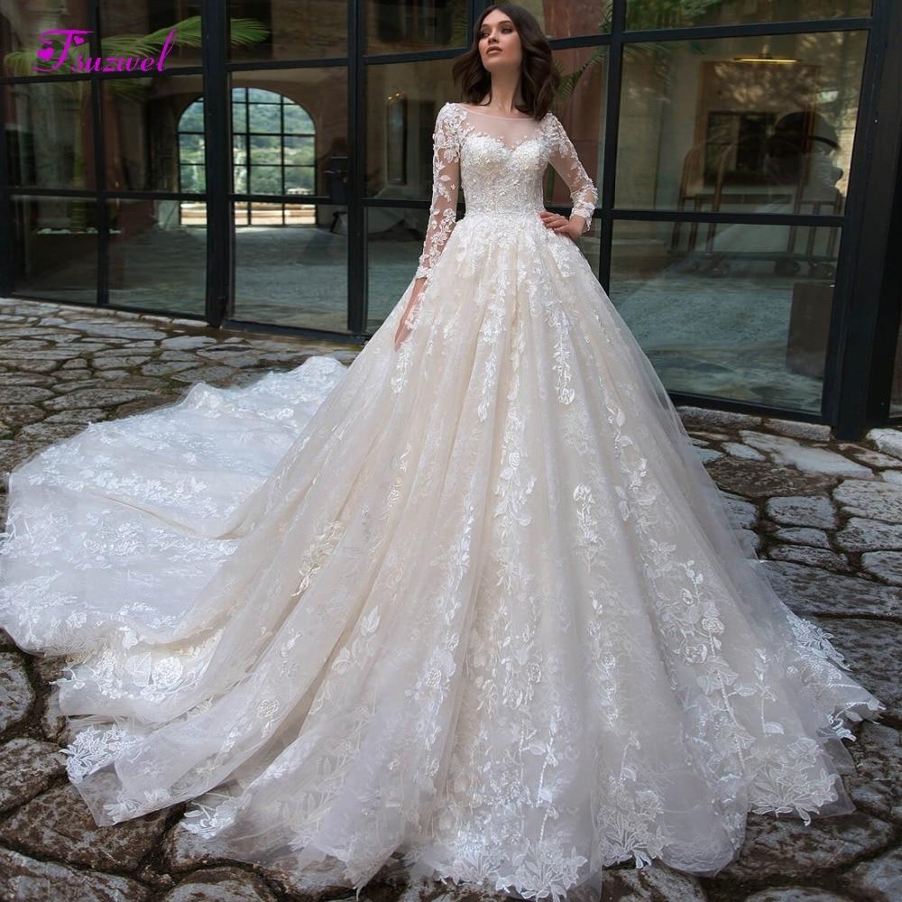 Gorgeous Appliques Chapel Train Lace A-Line Wedding Dresses 2019 Sexy Scoop Neck Long Sleeve Vintage Bride Gown Vestido De Noiva