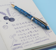 Moonman S1 Texture Blue Acrylic Resin Fountain Pen Iridium Extra Fine / Fine Nib 0.38 / 0.5mm Writing Ink Pen with Gift Box Set new moonman delike alpha resin fountain pen travel short pen extra fine fine calligraphy bent nib fashion writing gift set