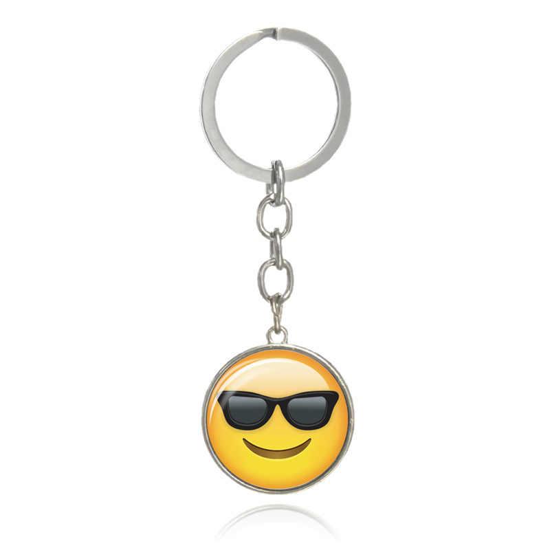 Moda de nova Adorável Emoji Emoticon Engraçado Chaveiros chaveiros de Prata Cor Dobro-lado de Vidro Cabochão Anel Chave Chaveiro K1723
