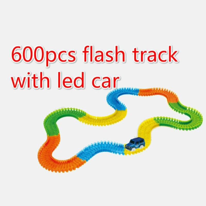 600 pièces magie avec voitures brillant piste de course plier Flex électronique Rail lueur piste de course voiture jouet Roller Coaster jouet pour enfant