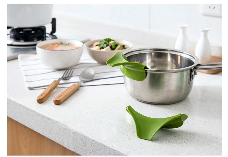 Anti-spill Deflector Kitchenware