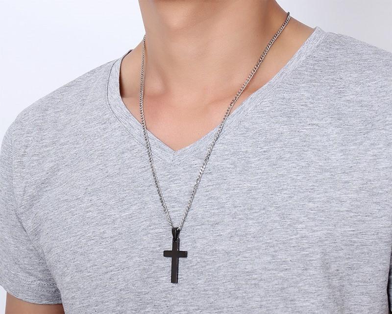 black-titanium-cross-pendant-necklace-4