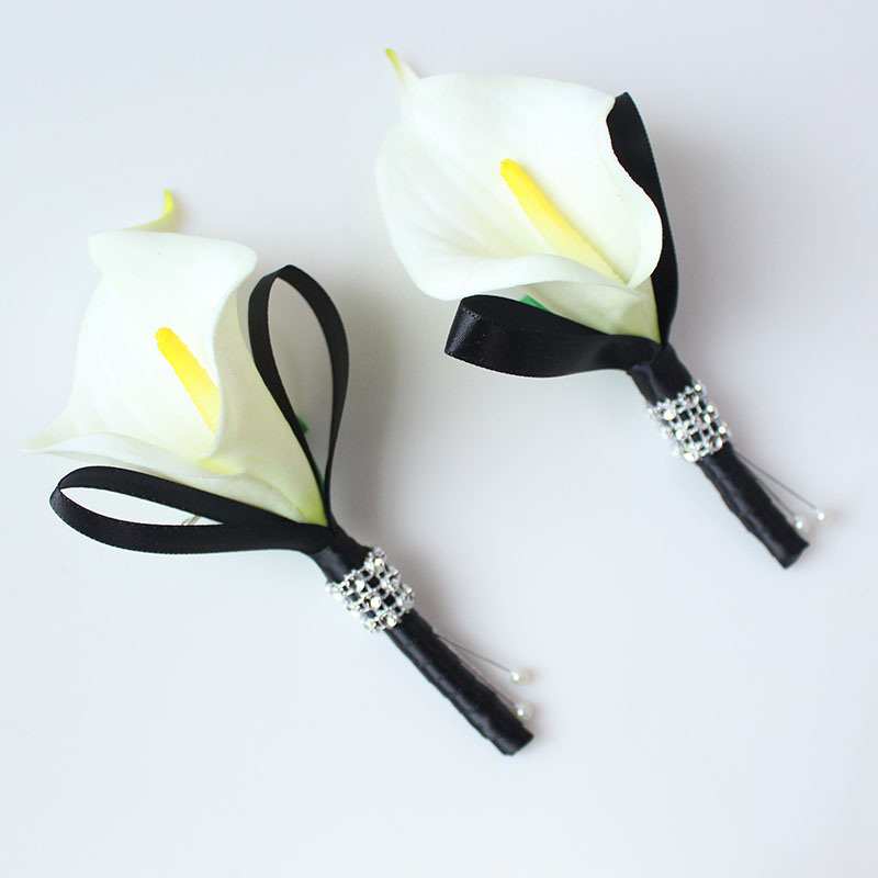 white black wedding boutonniere  (5)