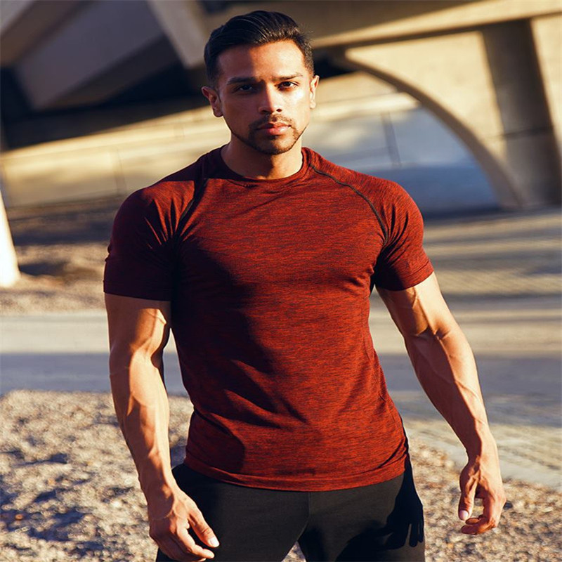 2018 New summer men T shirt Crossfit Fitness Bodybuilding Crossfit Short sleeve Shirts Cotton Casual Slim Tee tops clothing