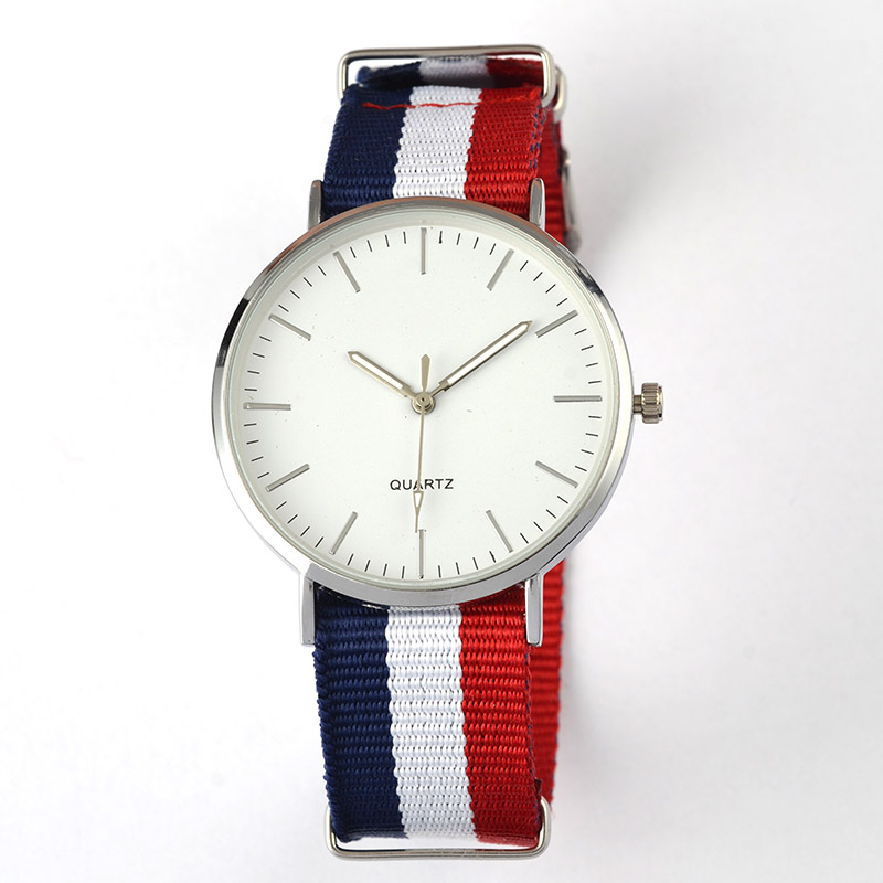 2019 New Casual and Fashion Quartz Watch with Multicolor Nylon Cloth Watchband Wristwatch Simple Designer Women Clock Orologio 1