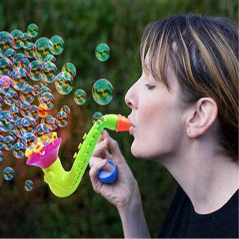 1pcs-Blowing-Toys-Bubble-Gun-Soap-Bubble-Blower-Outdoor-Kids-Child-Toys-New-Creative-polyporous-Wedding (4)