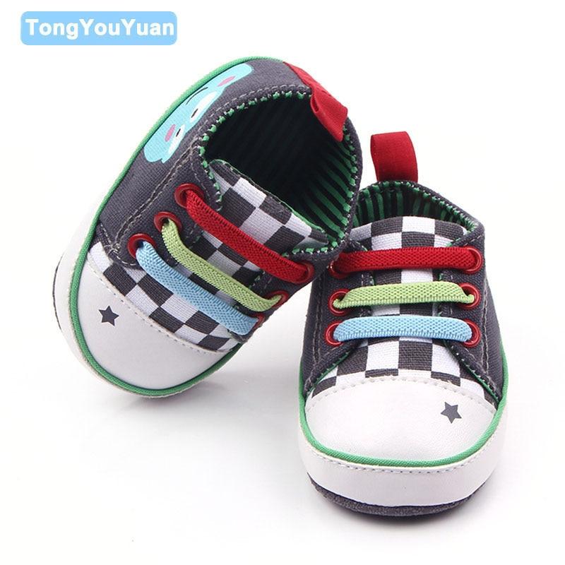 best sneakers c04b4 40dca Venta caliente Zapatos de bebé lindo animal primavera y otoño colorido  lienzo muchacha del bebé deportes Zapatos para 0-15 meses