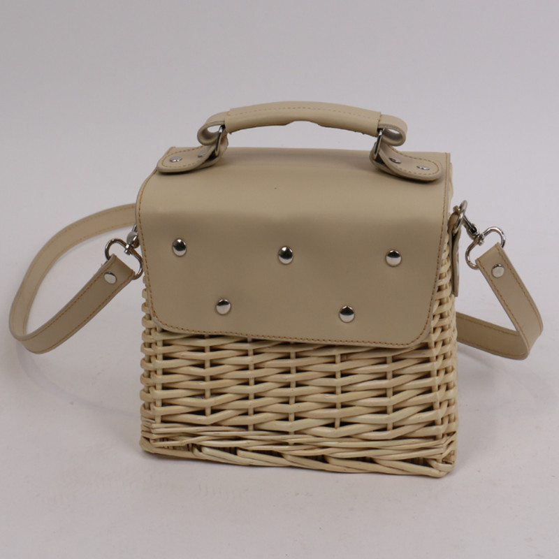 Seaside Holiday Basket Bag Rattan Female Bag Famous Design Fashion Shoulder Messenger Bags Women Purse and Handbags-in Shoulder Bags from Luggage & Bags    2