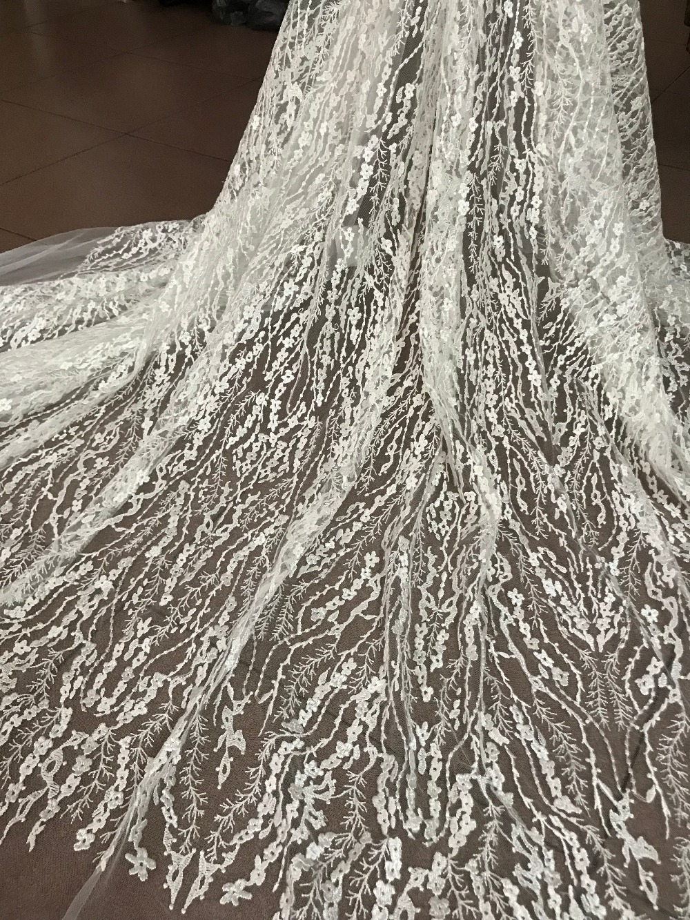 Nice lace fabrics tulle lace embroidery lace fabric ZH-81135 for wedding dress with  new arrival