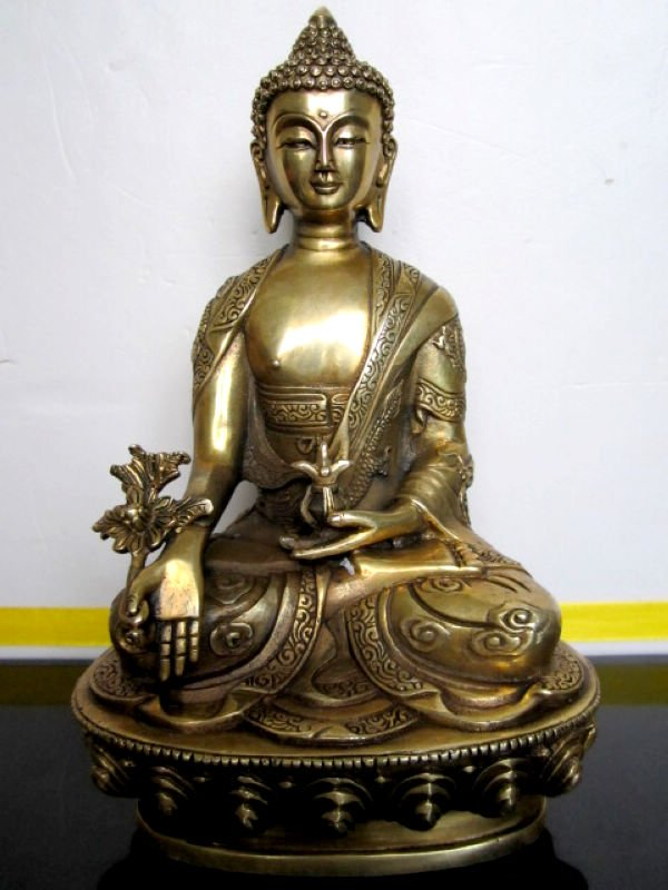 exquisite Old copper Buddha of Medicine Statue/ Sculpture,caving dragon, best collection&adornment,free shippingexquisite Old copper Buddha of Medicine Statue/ Sculpture,caving dragon, best collection&adornment,free shipping
