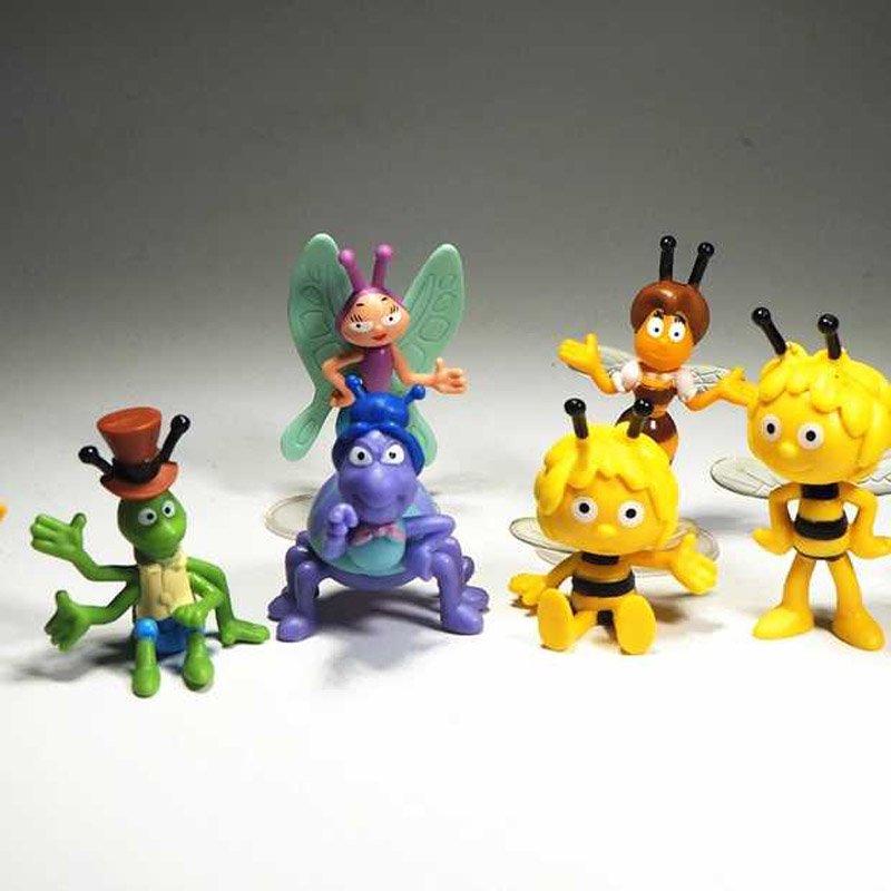 Animal Mayan bee Model car ornament Anime Mayan bee Cartoon doll Cute children's toy gift Mini the bee Model toy For kids/adult