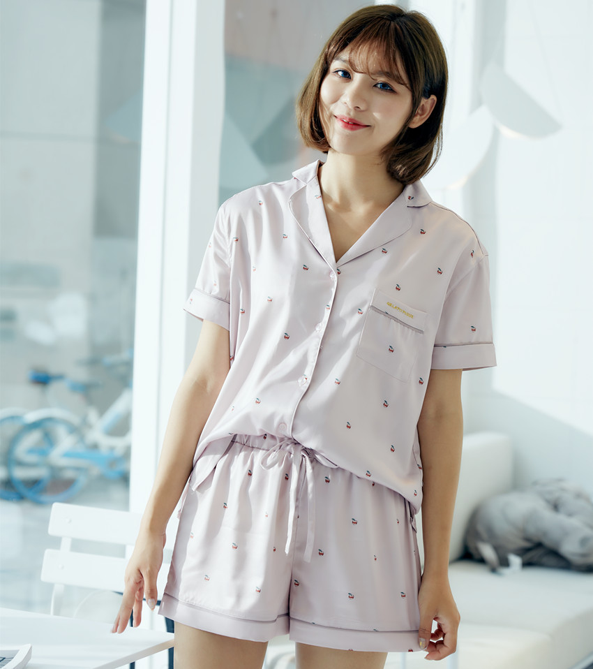 RenYvtil Lovely Strawberry Cherry Pajamas 2018 Summer Satin Silk Casual Short Sleeve Shirt+Shorts Two-piece Sleepwear Nightwear cami satin two piece summer pajamas