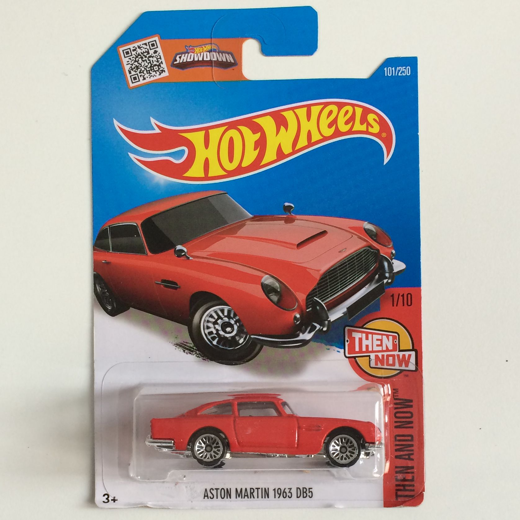 store product free shipping wheels aston martin vane cars models metal diecast collection kids