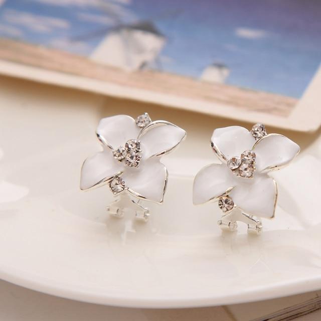Trendy Flower Stud Earring Womens Pretty Wedding Dress Accessory