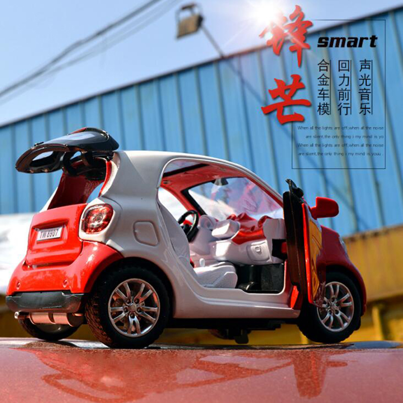 New 1:32 SMART FOR TWO Alloy Car Model Baby Toy Educational With Pull Back Musical Flashing For Boys Kids Gifts