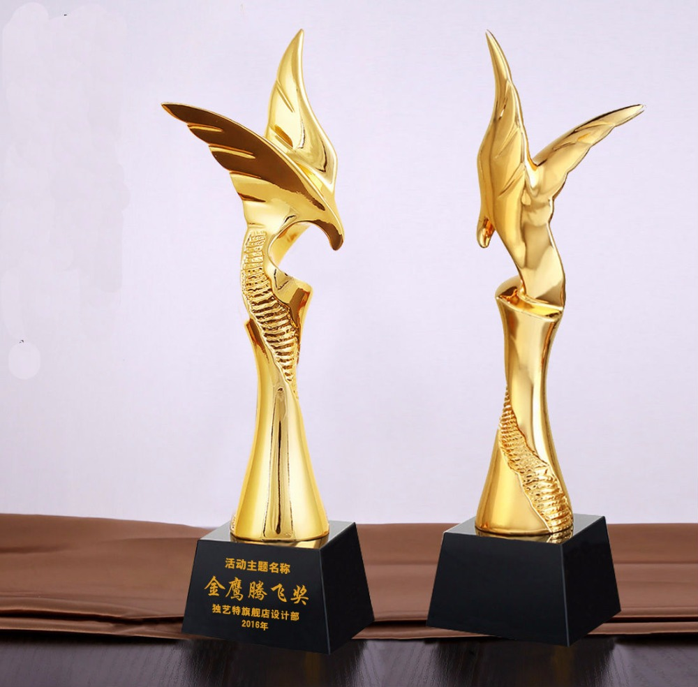 High quality!New resin trophy creative eagle trophy free lettering Souvenir trophy,Free shipping high quality 30cm metal trophy soccer basketball volleyball trophy sports trophy souvenirs free shipping