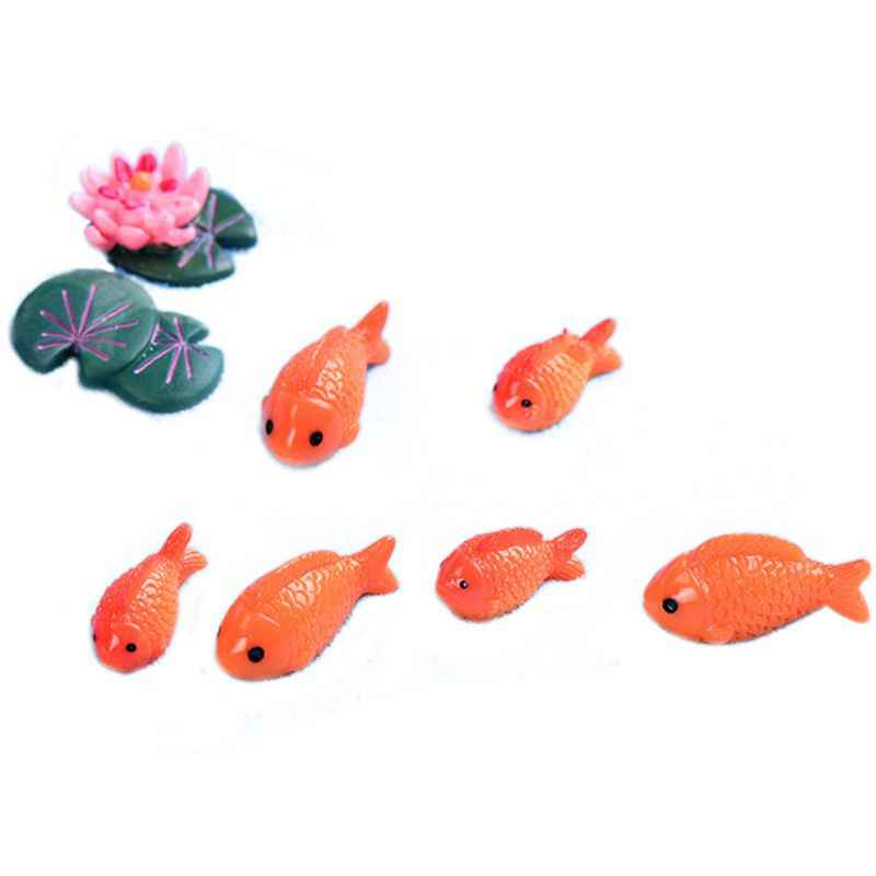 8pc/lot Red Fish Miniature Figures Decorative Mini Fairy Garden Animals Moss Micro-landscape Ornaments Resin Baby Toy