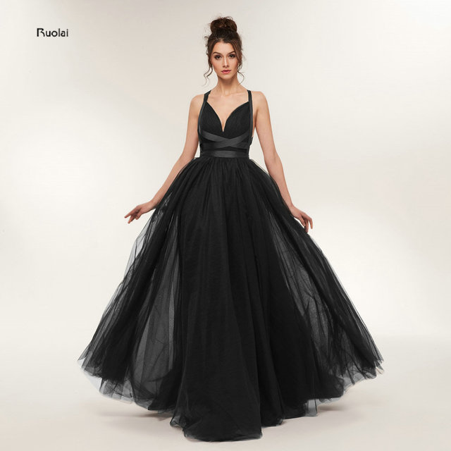 Sexy Black Evening Dresses 2018 Long Train V Neck Tulle Evening Gown Formal Party Dress Crossed Strings Back Robe De Soiree