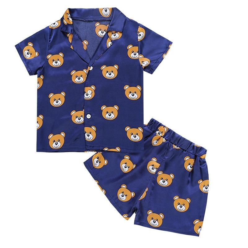 أزياء 2018 الصيف الأطفال السببية مجموعة القمصان والسراويل الفتيان الفتيات الدب نمط الدعاوى منامة ملابس 2 قطع ملابس المنزل