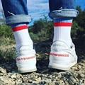 Gosha Rubchinskiy Marca Calcetín Calcetines de Los Hombres de Hip hop de Moda Ruso Rojo de la bandera de Rayas Diseño de Punto Calcetines Largos de Rodilla Tamaño de Las Mujeres 36-43