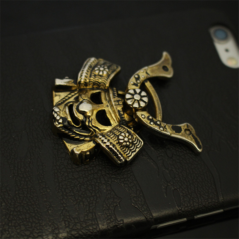 EDC-Outdoor-Pocket-Tool-Pure-Copper-IPHONE-X-8-Mobile-Phone-Holder-Brass-Samurai-Mask-Personality (2)