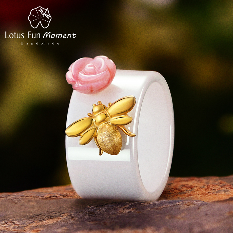 Lotus Fun Moment Real 925 Sterling Silver Fashion Jewelry Natural Pink Shell Rose Flower Rings Bee Ceramic Ring For Women Bijoux brand white shell crystal star chain ring 925 sterling silver pearl shell rose compass cuff ring women wedding vents jewelry