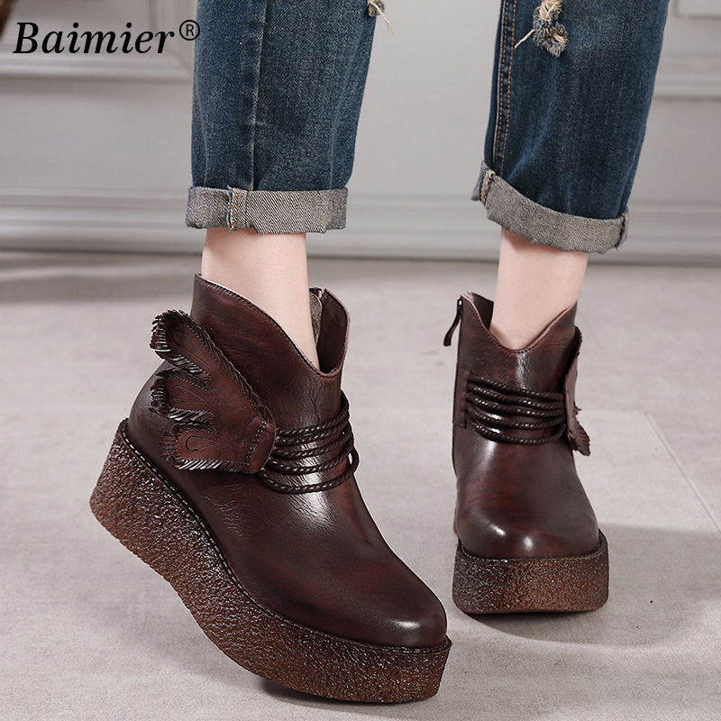 купить New Martin Boots Shoes Women Retro Vintage Ankle Boots Women Platform Shoes 2018 Autumn Winter Fashion Genuine Leather Flat по цене 4079.17 рублей