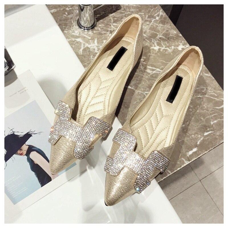 14  SUOJIALUN Vogue Girls Flat Ballet Footwear Bling Crystal Pointed Toe Flats Footwear Elegant Snug Woman Shiny Footwear HTB1DVVbz3aTBuNjSszfq6xgfpXaZ