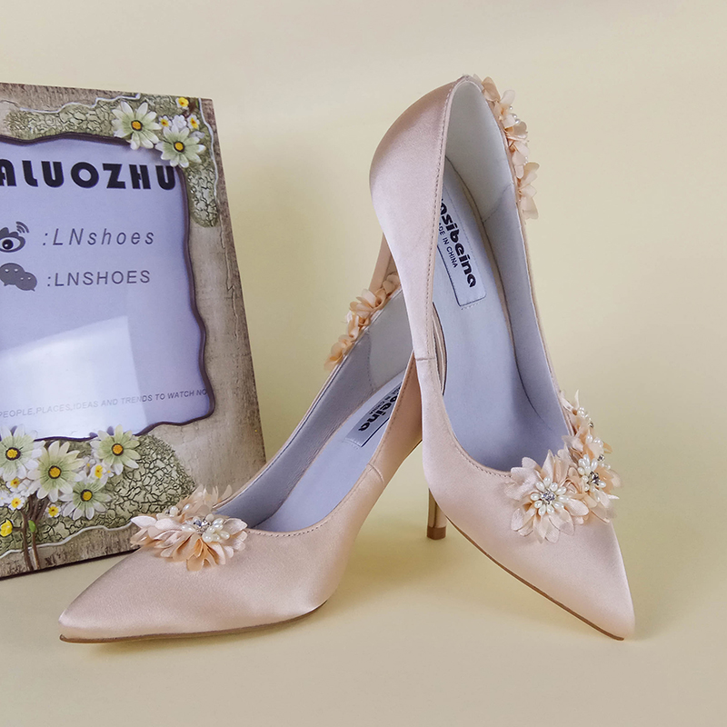 fashion bridal shoes shallow mouth thin heels wedding shoes 7cm/9cm pointed toe high-heeled shoes flower champagne color pumps