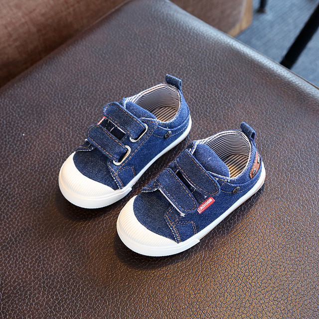 2af906276 2018 أزياء الأطفال الخريف الدنيم أحذية رياضية للبنين بنات المدربين قماش  تنفس الصلبة أحذية رياضية فتاة