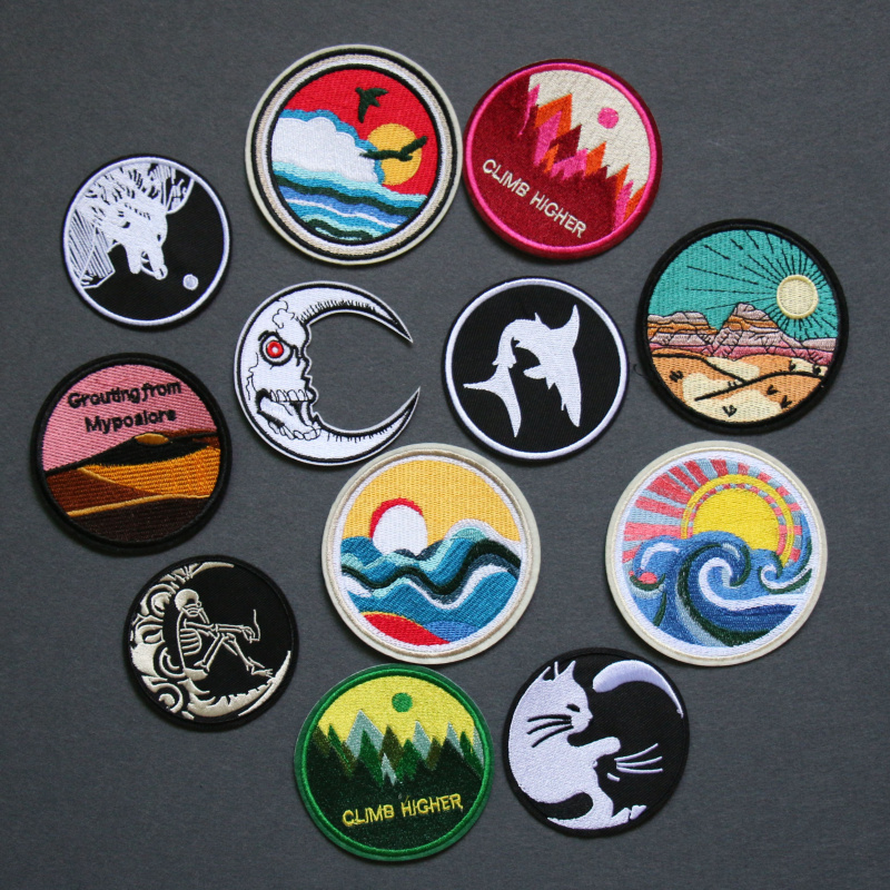 Sun Moon Heart Hand Cat DIY  Badges starry night Painting Patch Jean Bag Hat Clothes Apparel Sewing Decoration Applique Patches