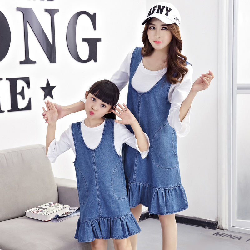 Bébé enfants filles vêtements Jeans Denim salopette famille Look mère fille robes top t-shirts chemise + jupe Denim robe tenues