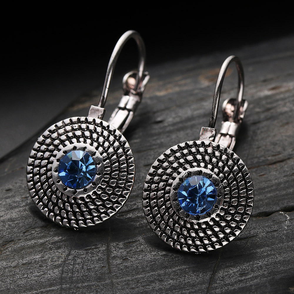 2019 Vintage Style Punk Round Crystal Drop Earrings Luxury Rhinestone Earring Women Party Jewelry Gift Crystals Dangle Earrings