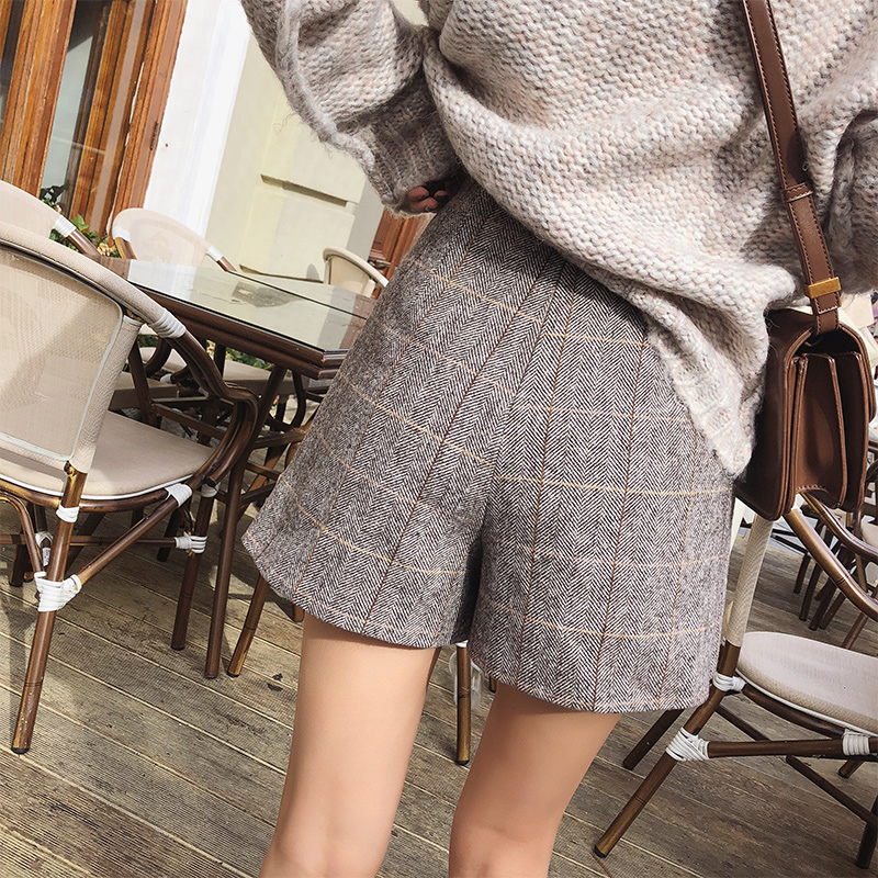 Image 2 - Mishow 2019 Spring Office Lady Shorts Skirts fashion Female Plaid Slim casual button Mini shorts MX18D2451-in Shorts from Women's Clothing