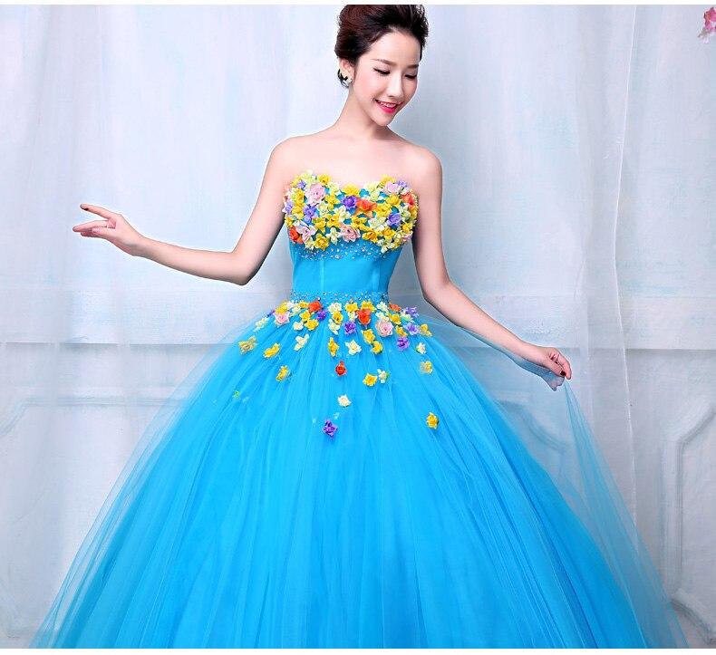 Vestido azul cielo flores