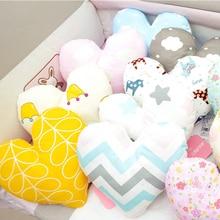 Jantung Bentuk Bantal Bayi Lembut Bayi Bayi yang baru lahir Kapas Baling Bantal Kusyen untuk Hiasan Tempat Tidur Bilik Toddler