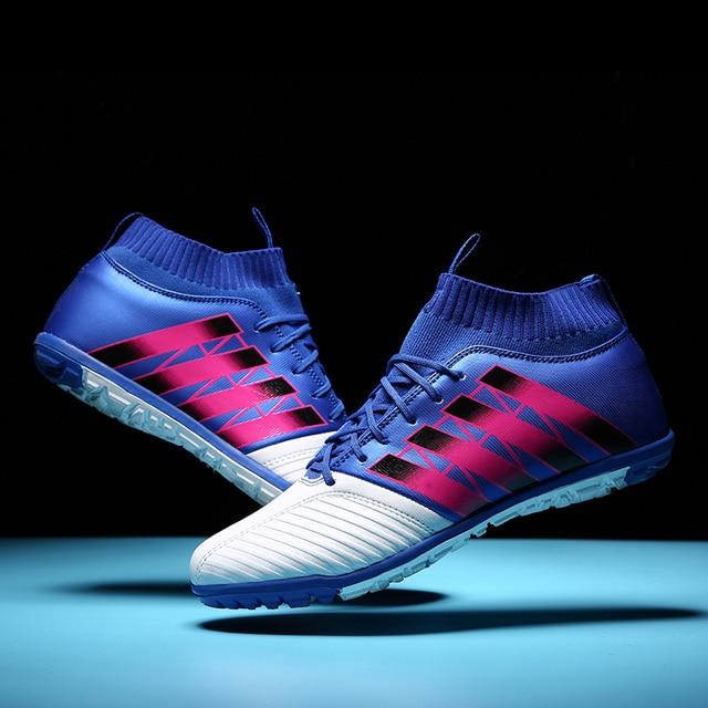 9ed32b3a67 Sapatos de Futebol dos homens Chuteiras TF Botas De Futebol de Relva Futsal  Quadra Dura Meia