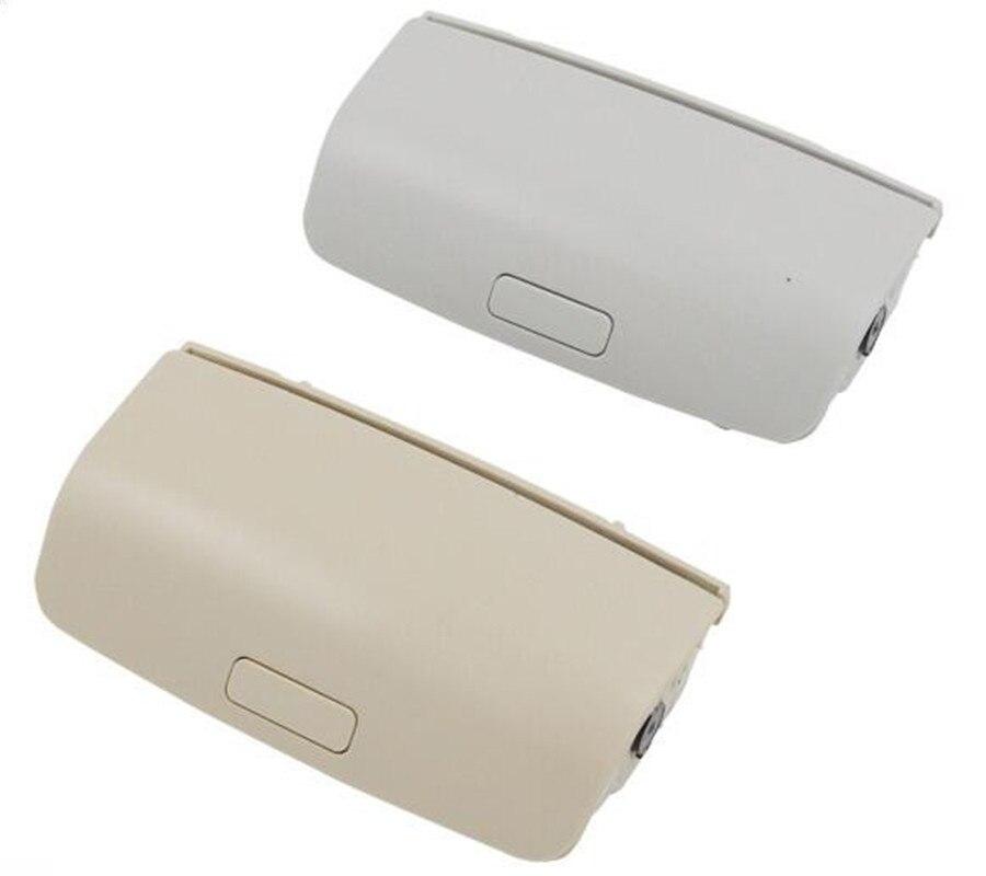 Shockproof Car Sun Glasses Storage Box Holder For Skoda superb Yeti for VW Glasses Case TIGUAN Jetta mk5 1KD 868 837
