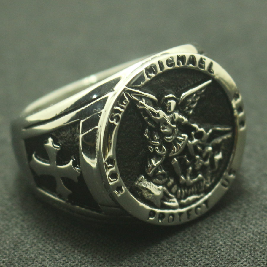 Men Boy Cool Cross SAINT MICHAEL PROTECT US Silver or Golden Ring 316L Stainless Steel Newest