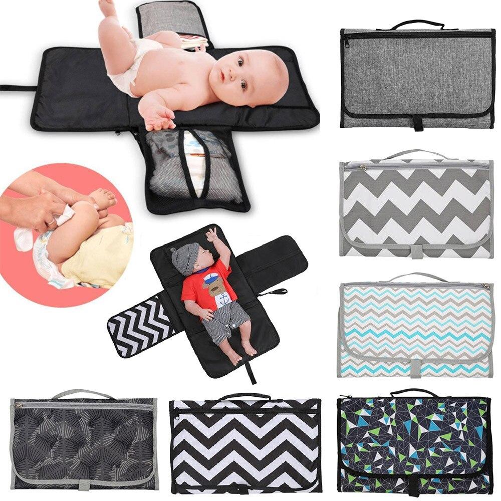 Nouveau 3 en 1 imperméable à l'eau matelas à langer voyage multifonction Portable bébé couche couverture tapis propre main pliant sac à couches