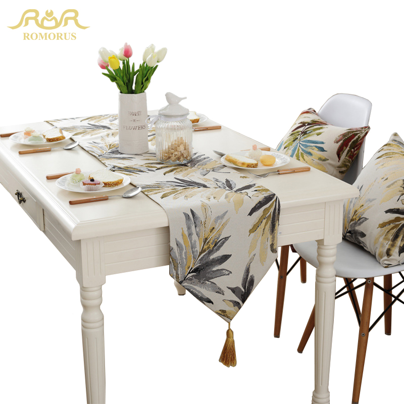 ROMORUS American Style Leaves Table Runners Gold Cloth with Tassel Luxury Jacquard Tea Flag Home Decoration Hot Sale