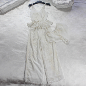 Image 3 - 夏ホワイトフローラル刺繍シルク女性 3 個パジャマセットスリップショーツセクシーなランジェリー女性下着 5591
