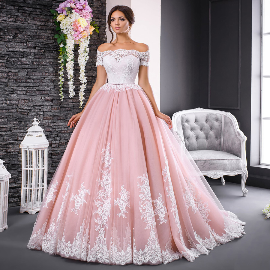 Gorgeous Pink Wedding Dresses Chic Lace Applique Boat Neck Ball Gown Bride Dress Off Shoulder Short Sleeves Formal Bridal Gowns