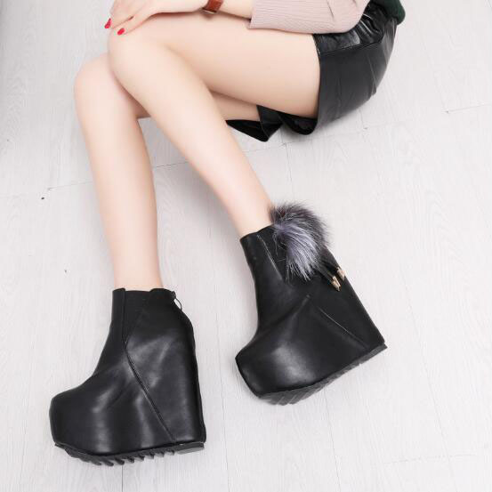 2018 Women Snow white boots woman winter boots women fashion Ankle boots Warm fur womens shoes Brand shoes ZYW-996-2