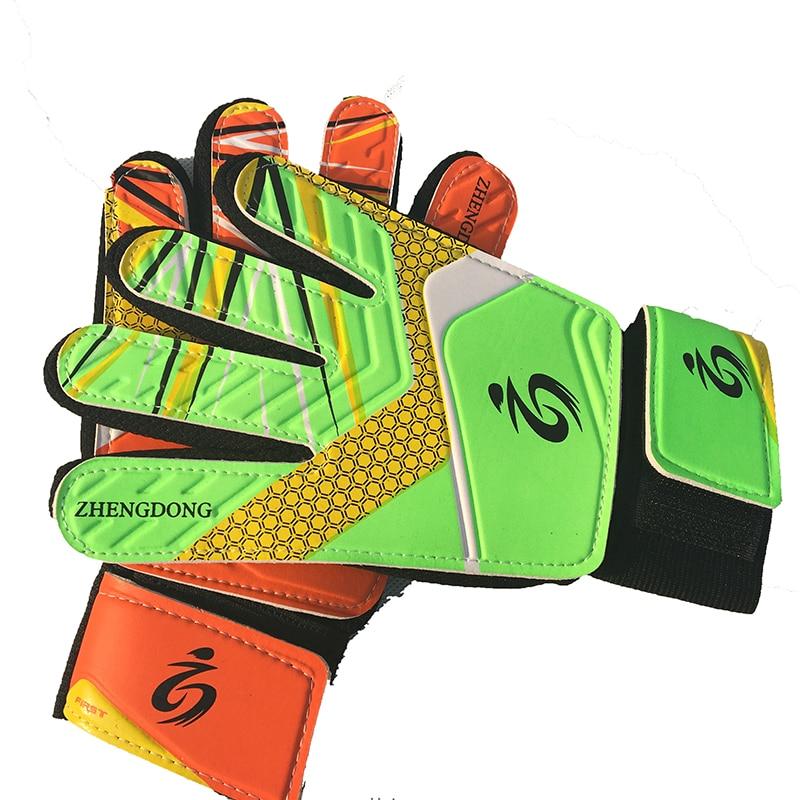 High quality latex gloves Kid's soccer goalkeeper gloves guantes de portero for children 5-16 years old soft goalkeeper gloves цена