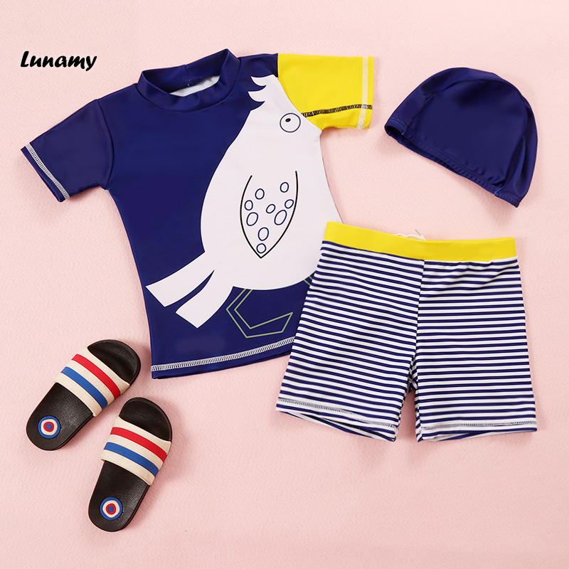 Lunamy 2018 New Boy's Two Piece Swimsuit Cartoon Print Striped Pants Children/Kids Swimwear Short Beachwear With Swimming Cap stylish women s striped top briefs two piece swimsuit