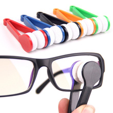 цена на Free Shipping 4pcs Mini Microfibre Glasses Cleaner Microfibre Spectacles Sunglasses Eyeglass Cleaner Clean Wipe Tools Wholesale