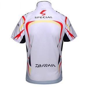 Image 4 - Летняя Новинка, брендовая рубашка для рыбалки Daiwa, Солнцезащитная рубашка с короткими рукавами для рыбалки, дышащая быстросохнущая одежда для рыбалки с защитой от уф