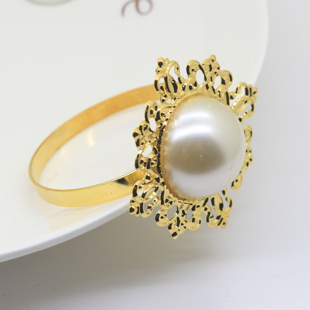 10pcs/lot Ivory Color Pearl Napkin rings golden napkin rings For Romantic Weeding Party Table Decoration